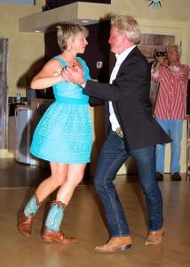 Nappy & Jill dancing